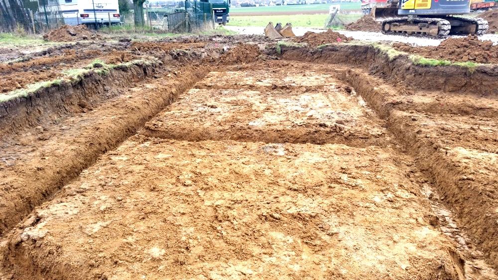 Ouverture des fouilles de fondation le 02 Mars 2016