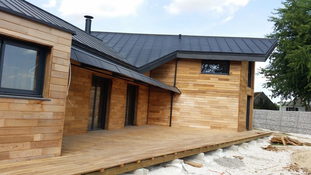 02 Septembre 2016 - la terrasse bois est terminée