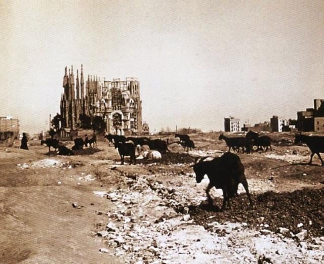 Archivo-Sagrada Familia 1915