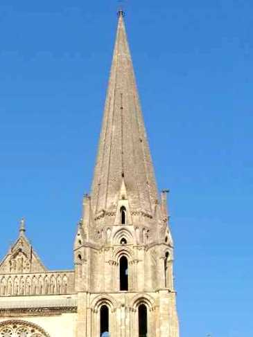 Chartres-Cathedral-Tour-Sud