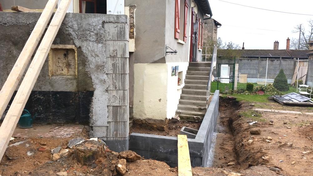 Janvier 2015  Démolitions et fondations de l'extension